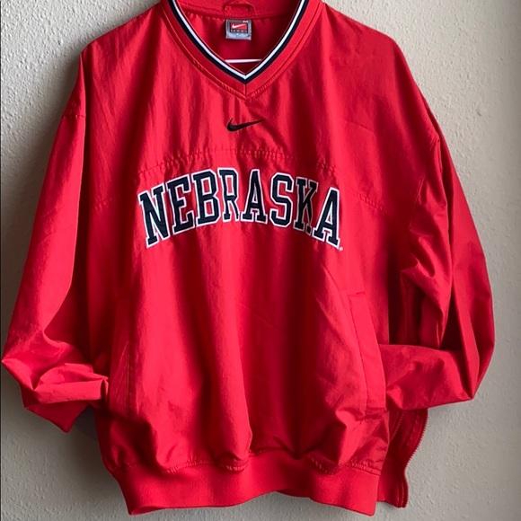 antes de Cambiable ensillar  Nike Shirts | Nike Nebraska Pull Over | Poshmark